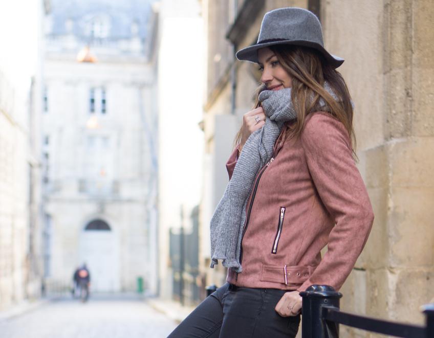 Perfecto rose en daim - blog mode Bordeaux