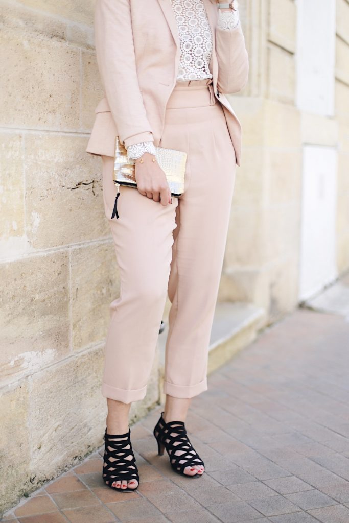 working girl look chic nude
