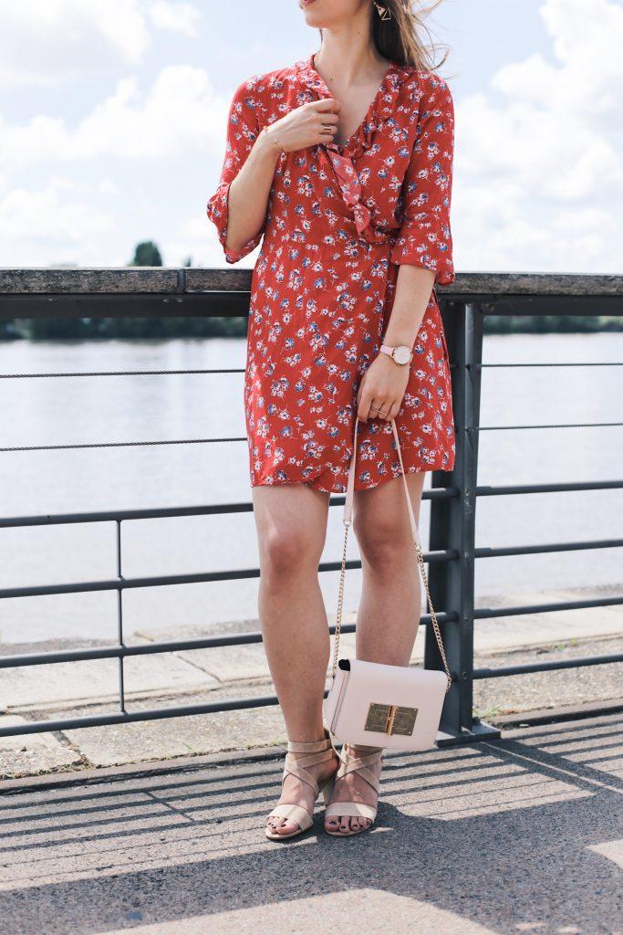 robe rouge imprime fleurie ete pimkie