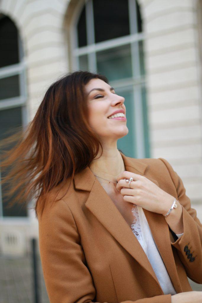 blogueuse bordeaux sourire