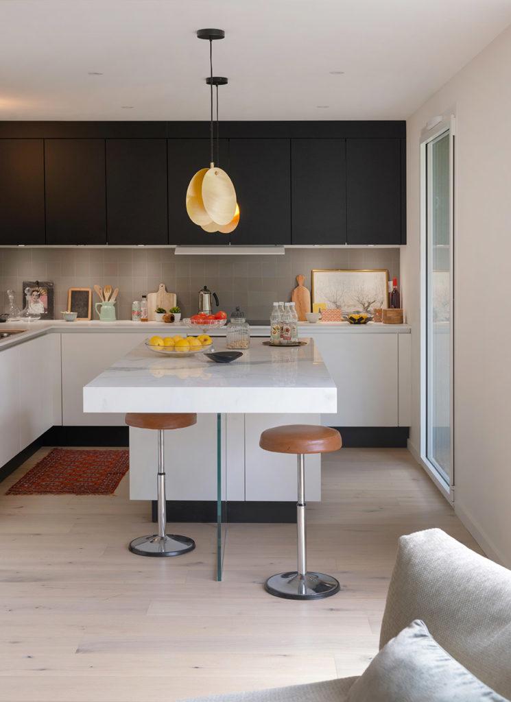 cuisine moderne blanc noir